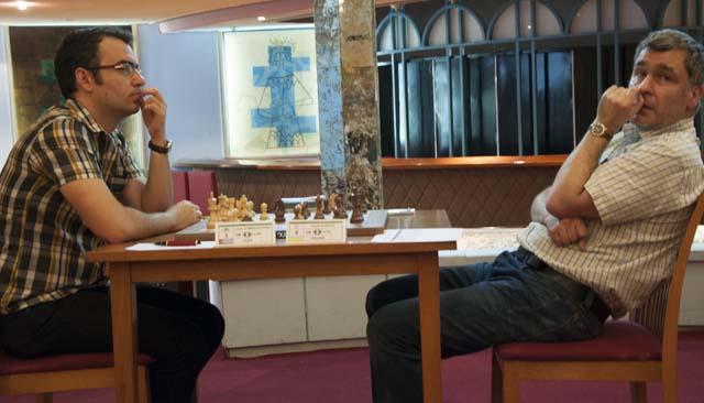 La partida entre Leinier vs. Ivanchuk fue la más seguida de la primera ronda (foto de María del Carmen Ramón / Cubahora)