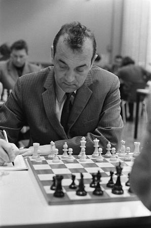 Viktor_Korchnoi_1972